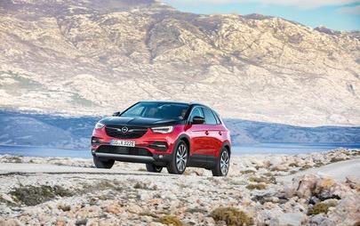 """Napunjen do maksimuma: Opel Grandland X s pogonom na sve kotače kao """"plug-in"""" hibrid"""